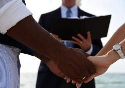 DSC_0834_WEDDING_HANDS