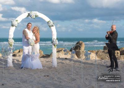 beach-wedding--miami-beach_33591954515_o