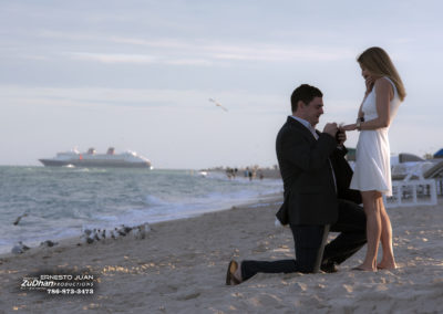 engagement-photo-shoot-miami-beach_25815651785_o